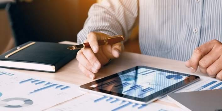 advisor site fund comparison tools